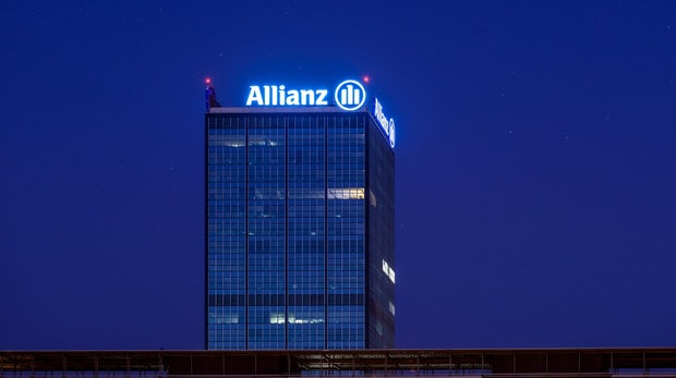 Allianz wird Softwareanbieter und schließt Bündnis mit Microsoft