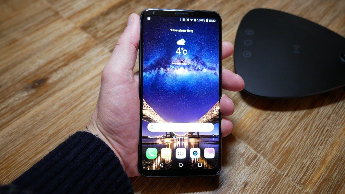 Das schicke LG V30: Im September 2017 vorgestellt, Markteintritt erst im Dezember – viel zu spät . (Foto: t3n)