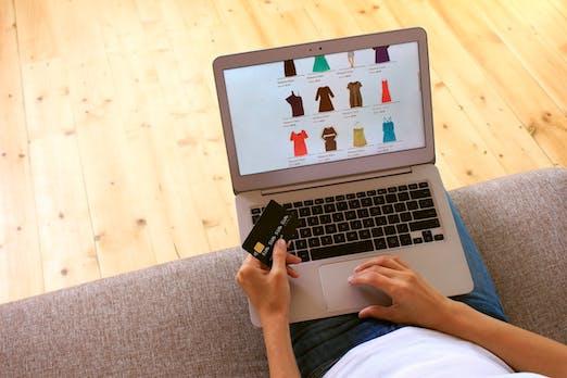 Onlineshopping-Vorlieben: Kostenloser Versand und Rückversand werden erwartet