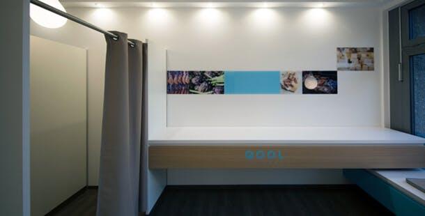 luxus paket abholstationen das startup qool hat eine l sung f r das paketchaos t3n digital. Black Bedroom Furniture Sets. Home Design Ideas