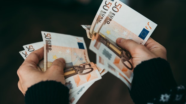 Macht digitaler Superstars bremst Lohnsteigerungen – Arbeitnehmern entgeht Geld