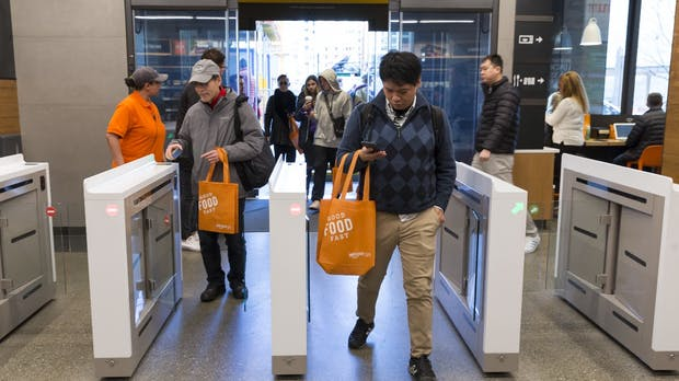 Kassenlose Supermärkte – kann man bei Amazon Go bald mit Bargeld zahlen?