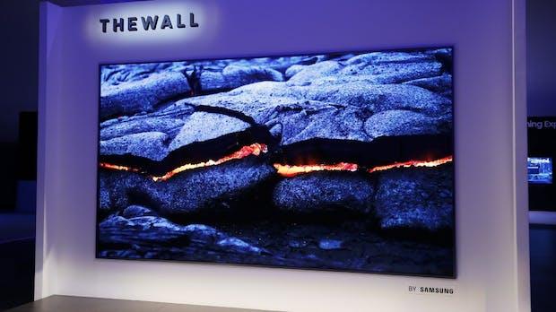 Samsung setzt auf vernetzte Geräte – Riesen-TV in Modulbauweise