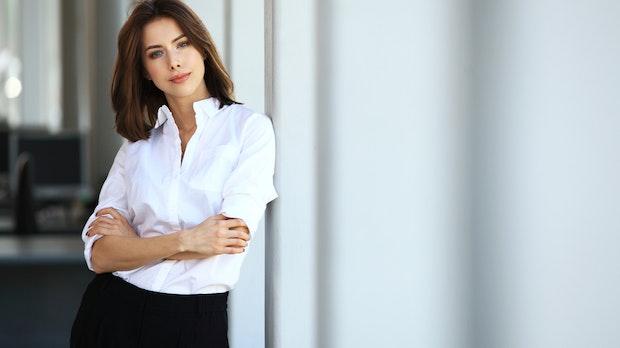 Stil-Knigge der Geschäftswelt: Das steckt hinter dem Dresscode auf deiner Einladung