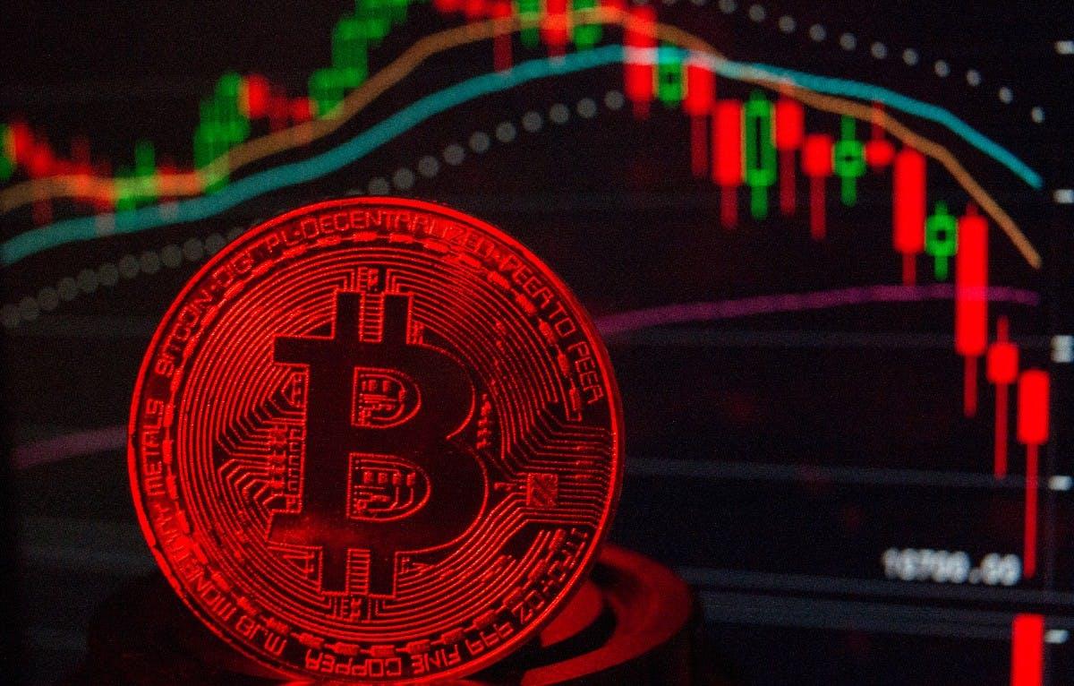 Der Bitcoin fällt unter die 5.000-Dollar-Marke