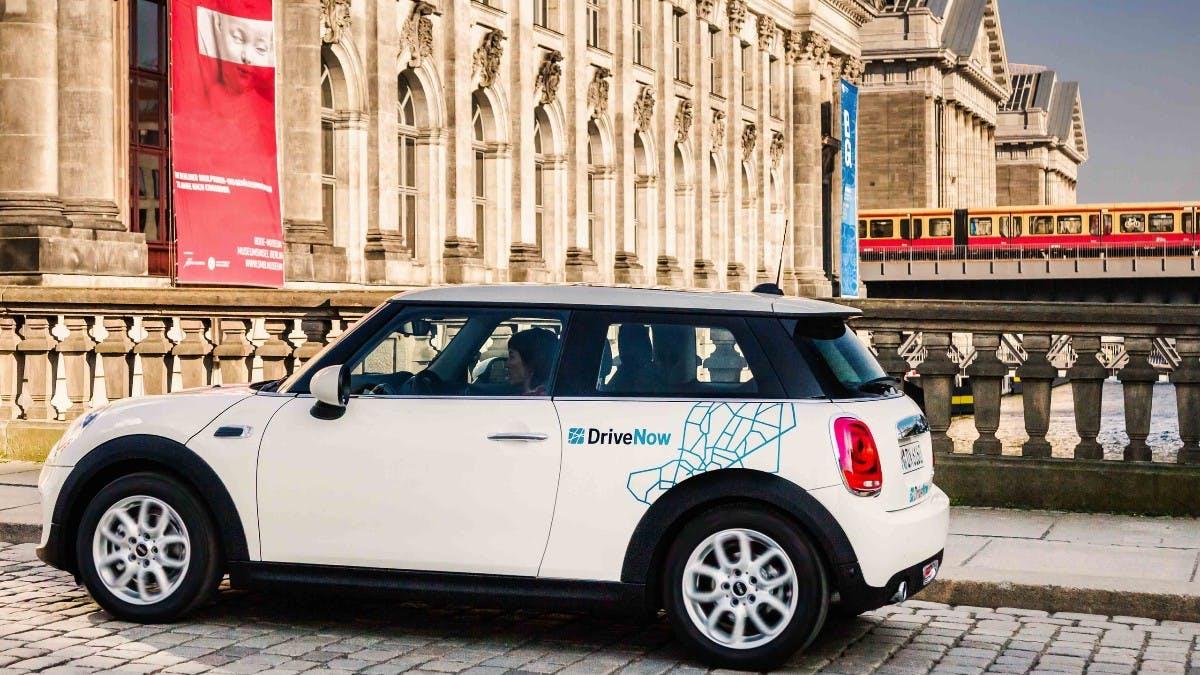 Aus Car2Go und DriveNow wird heute Share Now