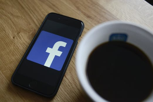Facebook bringt Werbung in den Marktplatz