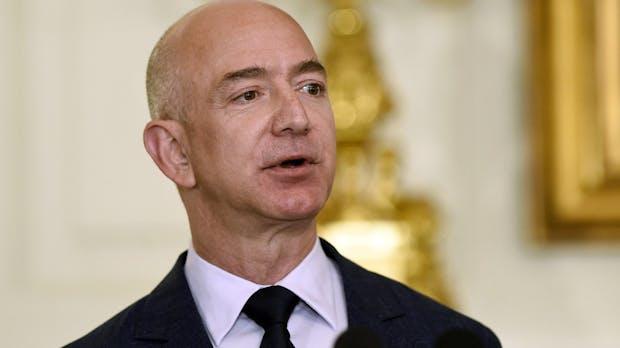 Amazon-Chef Jeff Bezos ist reichste Person der jüngeren Geschichte