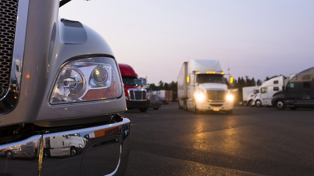 Uber schickt selbstfahrende LKW auf die Straße