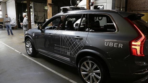 Nach tödlichem Unfall: Uber lässt selbstfahrende Autos wieder auf die Straße