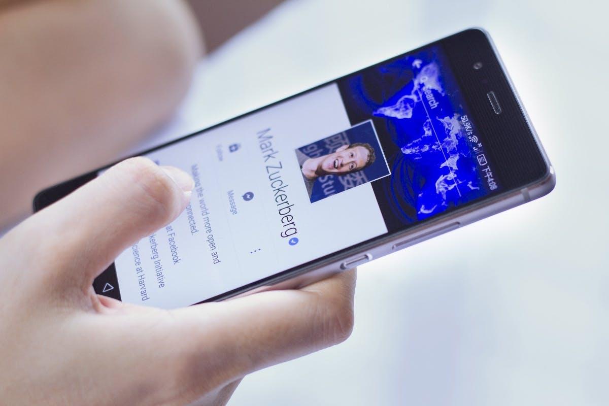 Mark Zuckerberg schießt nach Cook-Attacke zurück: Apple ist nur für Reiche