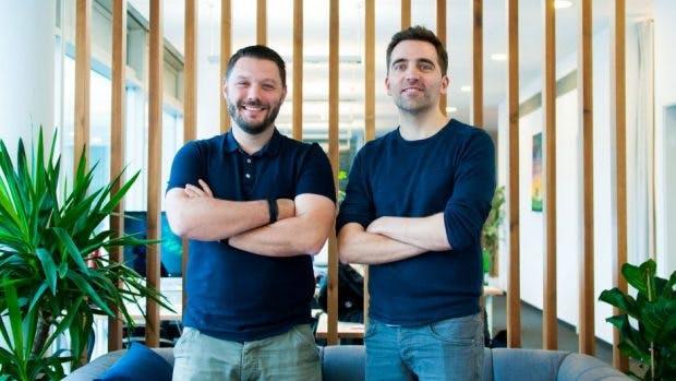 Die beiden Uberall-Gründer David Federhen (l.) und Florian Hübner (Foto: Uberall)