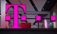 Deutsche Telekom testet Blockchain-System mit E-Scootern
