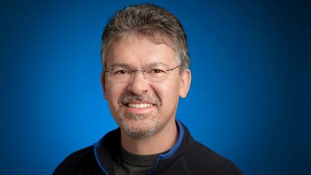 Siri kann die Hilfe gebrauchen: Apple schnappt sich Googles KI-Chef