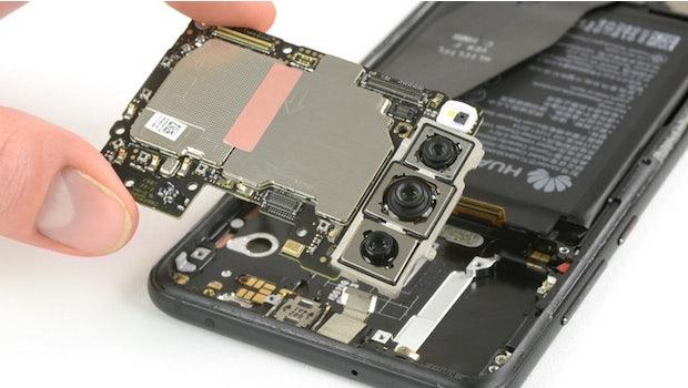 Die Triple-Kamera des Huawei P20 Pro. (Foto: Ifixit)