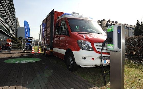 Kreisel Electric zeigt Europas erstes elektrisches Feuerwehrauto