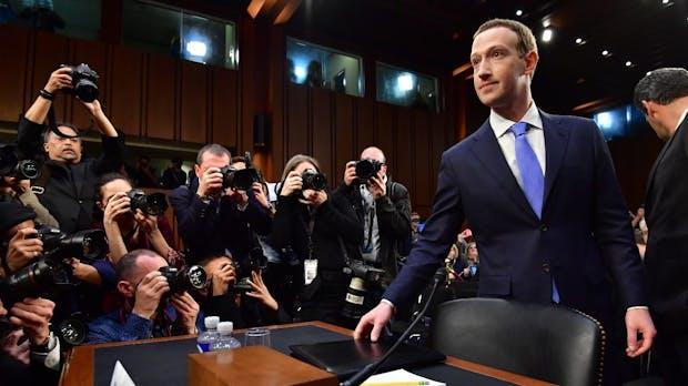 Facebook-Chef Mark Zuckerberg: Die Befragung vor dem US-Senat im Liveblog