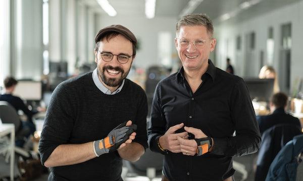 iPod auf Baumarkthandschuh geklebt – Gründer erhalten 40 Millionen