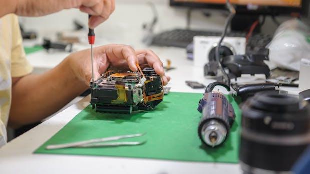 Retrofitting: So werden analoge Maschinen digital