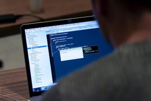 Diese Seite will dir in 14 Minuten Javascript beibringen