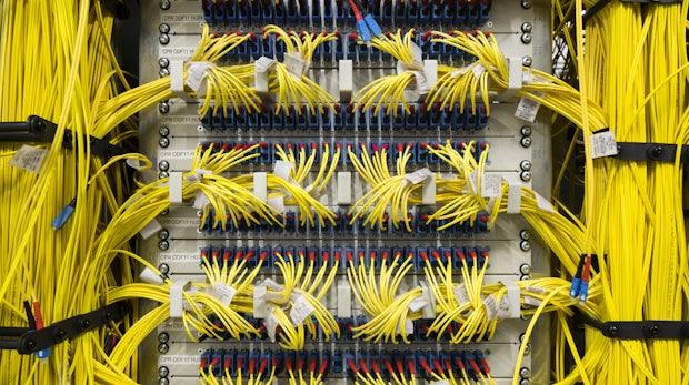Überwachung am Internetknoten: DE-CIX will BND-Zugang kappen