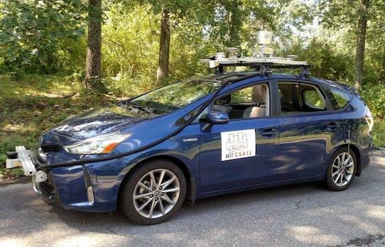 Wie selbstfahrende Autos auch auf abgelegenen Landstraßen fahren können