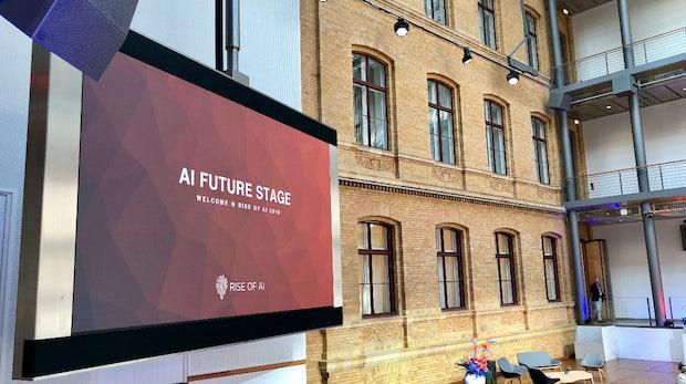 Warum künstliche Intelligenz intelligente Menschen braucht