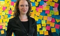 """""""Es gibt drei goldene Post-it-Regeln"""" – Lina Timm vom Media Lab Bayern"""