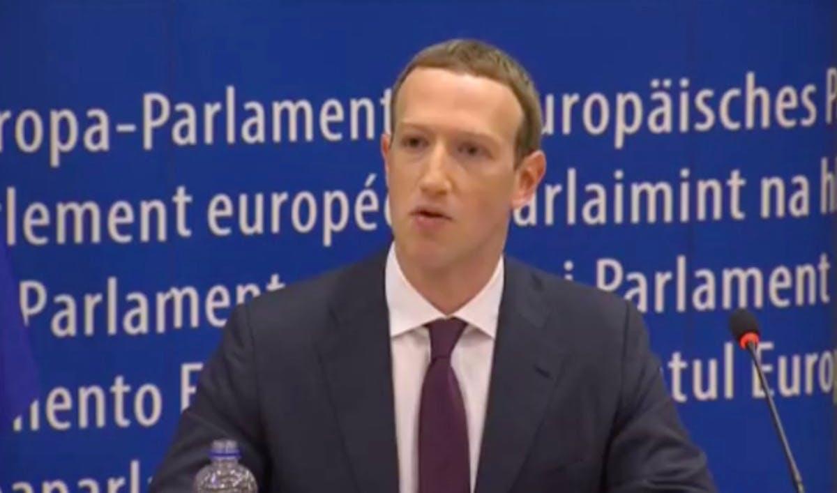 Zuckerberg in Brüssel: Facebook-Chef entschuldigt sich, sagt aber nicht viel