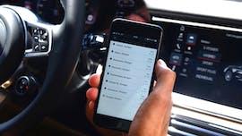 Der neue digitale Ladeservice von Porsche ist offen für alle Elektroautos. (Foto: Porsche)