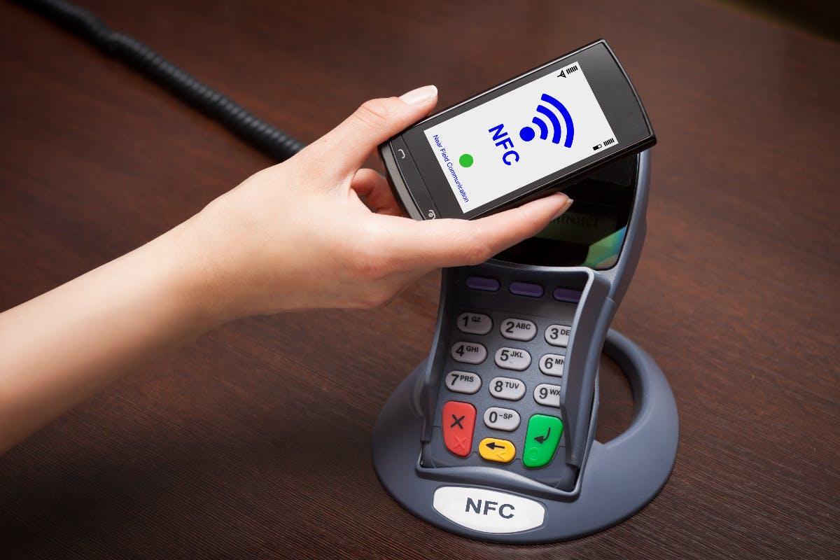Zahlen im Vorbeigehen – Mobile Payment mit dem Handy