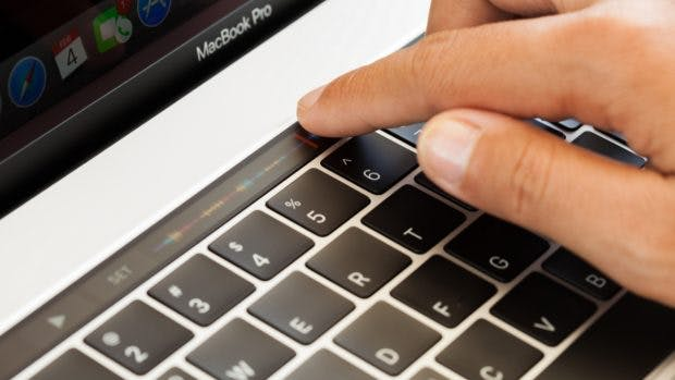 Apple Macbook Pro Tastatur. (Foto: blackzheep; Shutterstock)