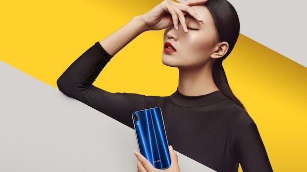 """Zu viel versprochen: Das """"komplett rahmenlose"""" Smartphone Lenovo Z5 kommt doch mit Notch"""