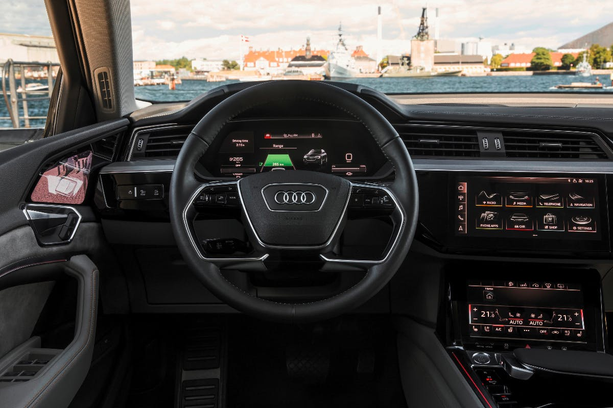 Audi E-Tron: Erster Blick ins Innere des Elektro-SUV