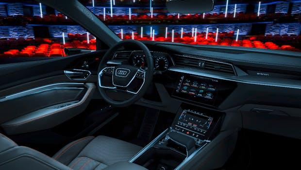 Prototyp des Audi E-Tron: Blick ins Innere. (Bild: Audi AG)