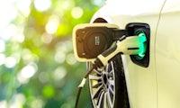 Rund um Automotive IT und Elektromobilität – mit diesen 5 Dokus kommst du in die Gänge