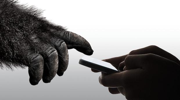 Wenn dir mal wieder das Smartphone runterfällt: Gorilla Glass 6 schützt vor Glasbruch