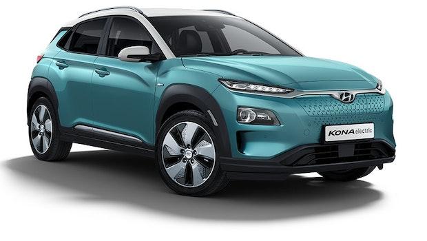 Hyundai hat neben dem Ioniq den Kona Elektro angekündigt. Der SUV soll je nach Ausführung eine Reichweite von bis 482 Kilometern (nach WLTP) liefern und ab 34.600 Euro kosten. Im 100-KW-Schnellladeverfahren soll der 64-kWh-Akku des größeren Modells in 54 Minuten zu 80 Prozent geladen sein.  (Bild: Hyundai)