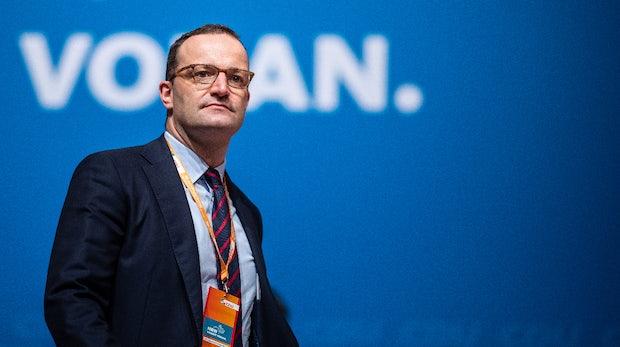 Ab 2021: Jens Spahn will Patientendaten auf Handys und Tablets einsehbar machen