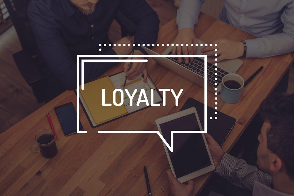 Kunden, die bleiben: Das ist der Unterschied zwischen Kundenzufriedenheit und Kundenloyalität