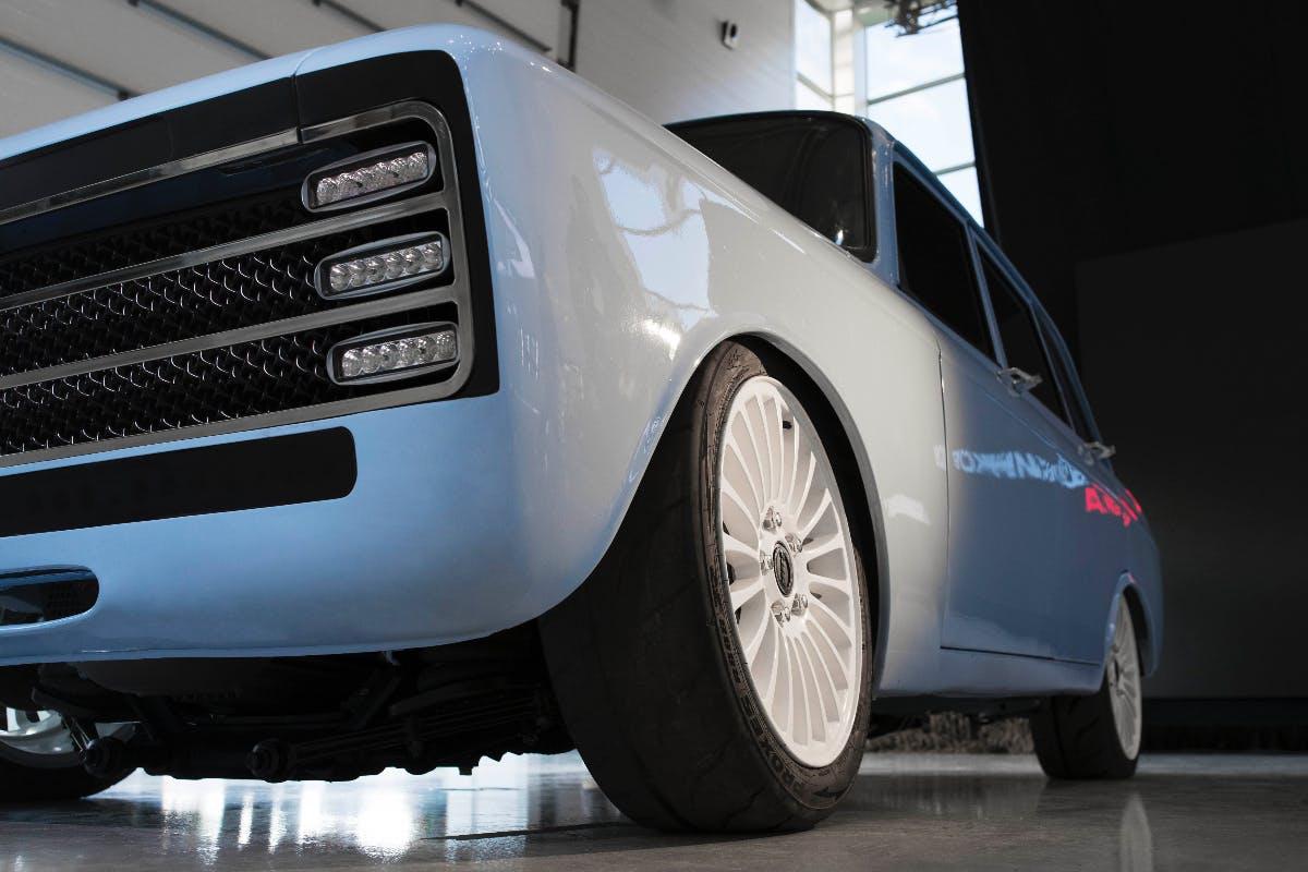 """""""Elektrisches Superauto"""": Kalaschnikow soll Tesla Konkurrenz machen"""