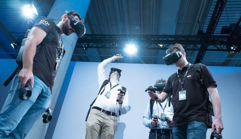VR-Brillen auf dem MQ! Innovation Summit 2017