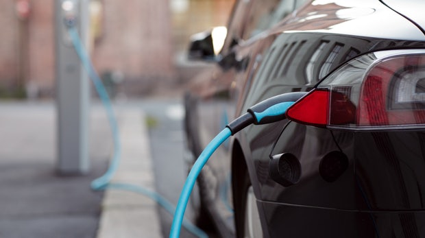 Steuervorteil für E-Autos als Dienstwagen ab 2019