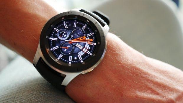 Das 46-Millimeter-Modell der Samsung Galaxy Watch in Rosegold. (Foto: t3n.de)
