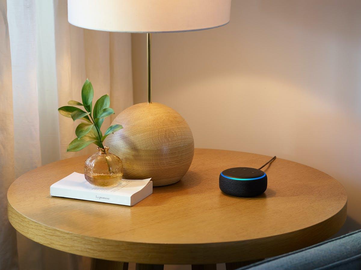 Alexa soll noch smarter werden – Sie erkennt Skills automatisch und flüstert zurück