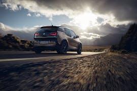 Der BMW i3 kommt nun auf Wunsch mit 120 Amperestunden-Akku. (Foto: BMW)