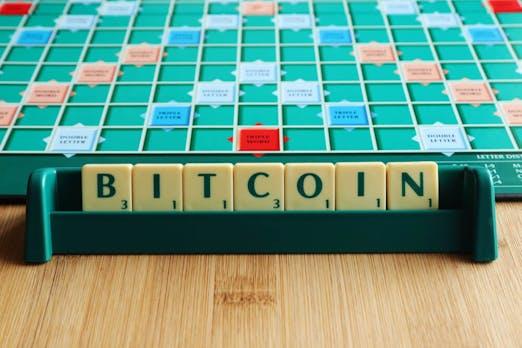 Bitcoin, Botnet und Emoji stehen jetzt offiziell im Scrabble-Wörterbuch
