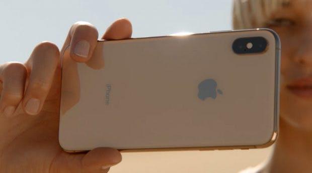 Das iPhone Xs von hinten. (Bild: Apple)