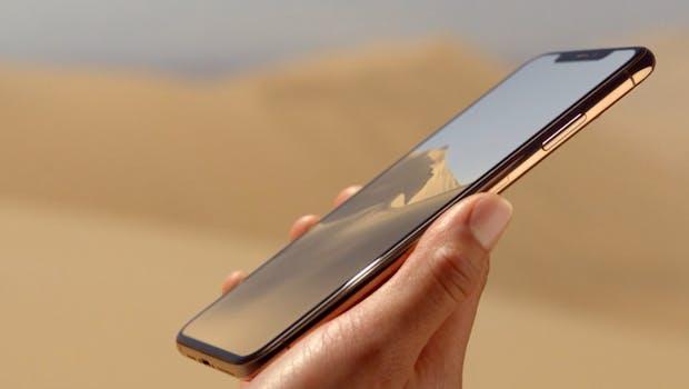 Das iPhone Xs Max von der Seite. (Bild: Apple)