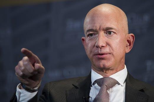 Jeff Bezos wirft Skandalblatt Erpressung mit Nacktfotos vor